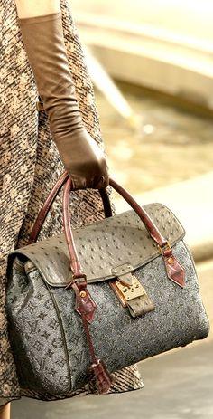 Louis Vuitton Fall 2010 YaseminAksu