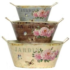 Decoupage galvanized tubs -- Perfect for creating some shabby chic planters! -- MYODIY