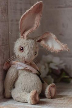 Carolin By Anzhelika Costin - Artist teddy bunny Carolin aprox.15 cm.100% handmadeOriginal sewing patternUnique / Exclusive !Viscose, cotton Filled with washable cotton craft and the stahl granulesglass eyes are painted with oil Joint discs - head (2), arm...