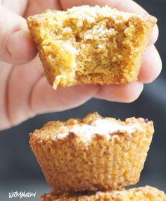 VEGANation: WEGAŃSKIE MUFFINY MARCHEWKOWE Cake Recipes, Vegan Recipes, Food Cakes, Banana Bread, Cookies, Baking, Narnia, Breakfast, Muffins