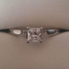 Www.diamondsandrings.co.uk Lucida style engagement ring