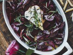 YSTÄVÄNPÄIVÄN PINKKI PASTA Fusilli, Feta, Spinach, Cabbage, Vegetables, Recipes, Cabbages, Vegetable Recipes