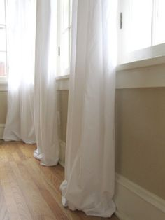 The Wicker House: $5 Curtains