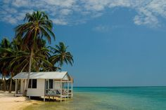 Visit Belize's Tobacco Caye | Guide to Tobacco Caye