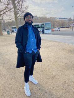 #streetstyle  #mensfashion #denimshirt #coat #chucks #parisfashionweek #blackcoat #fashion #menstyle #mensoutfits Men's Fashion, Normcore, Coat, Shirts, Outfits, Style, Moda Masculina, Clothes, Fashion For Men