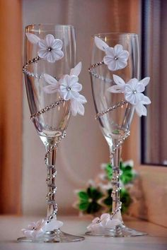 Wedding Champagne Glasses/Bridal/Wedding Decor/Centerpiece/For the Groom/Wedding Favors/Wedding Decoration/Bride/Groom/Set of 2 glasses Wine Glass Crafts, Wine Bottle Crafts, Bottle Art, Wedding Wine Glasses, Champagne Glasses, Bridal Glasses, Champagne Bottles, Wine Bottles, Decorated Wine Glasses