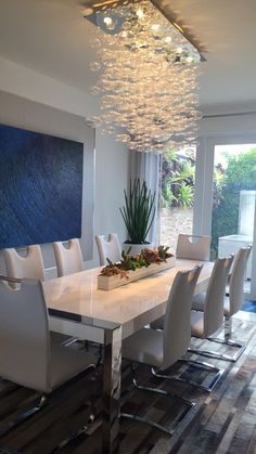 Dining Room Lighting Inspiration / Home Decor – Luxury Lamps – Dining Room Dining Room Table Decor, Dining Room Lighting, Dining Room Design, Living Room Decor, Dining Chairs, Living Rooms, Wall Lighting, Decor Room, Luxury Dining Room