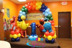 Sesame Street Elmo balloon and backdrop