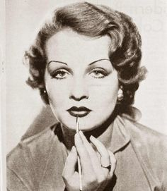 Vintage Makeup Advice page / 1930s-Makeup-Secrets---Sari-Maritza-1932