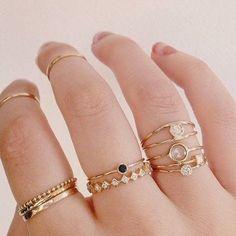 Découvrez des bijoux fantaisie tendance et idées cadeau bijoux femme. Les…