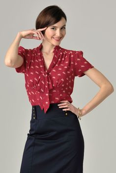 Heirloom inspired fitted swan print blouse with soft bow at neck, ruched shoulders and full gathering at back for a vintage modern statement.