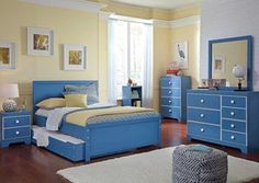Bronilly Full Trundle Bed, Dresser & Mirror
