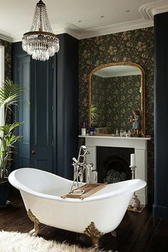 How to Create a Modern Victorian Interior Scheme How to Create a Mode. - How to Create a Modern Victorian Interior Scheme How to Create a Modern Victorian Interi - Modern Victorian Decor, Victorian Terrace Interior, Victorian House Interiors, Victorian Style Homes, Victorian Bedroom Decor, Victorian Style Bathroom, Bathroom Vintage, Victorian Design, Country Victorian Decor