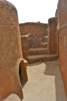 Aldea africana, casas que son abras de arte.