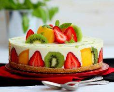 Tarta de chocolate blanco con frutas, sin horno. NESTLÉ
