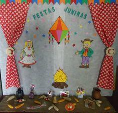 Veja várias ideias de painel de festa junina criativo, para tomar coragem e repaginar a sua rotina, porque além de exercitar o seu corpo você também precisa exercitar a sua mente e, principalmente a sua criatividade. O famoso jogo de cintura é aquela atitude certeira que temos em determinados eventos em nossas vidas, onde sabemos … Leaf Crafts Kids, Fall Crafts, Diy And Crafts, Crafts For Kids, Lily, Santa Lucia, Professor, Activities, Paintings