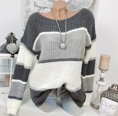 Zum Vergleich: Die Puppe hat ca…. Stylish Winter Outfits, Summer Outfits Women, Knit Vest Pattern, Pullover Mode, Sweater Fashion, Crochet Clothes, Cardigans For Women, Pulls, Knitwear