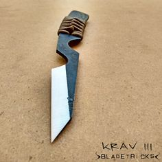 Specially designed to be mainly used in reverse grip, edge in (Pakal style), the Krav III knife perfectly fits in the hand and can easily be carried as a self defense and CQC (close quarters combat) blade. #knife #blade #fixedblade