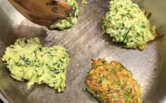 Courgette Fritters Organic Recipes, Ethnic Recipes, Fritters, Guacamole, Mexican, Food, Fried Dumplings, Meal, Essen