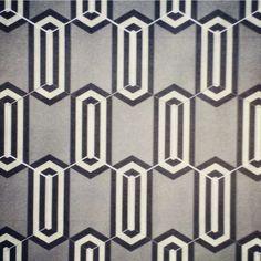 KISMET BEJEWELED pattern in 3-color version, hexagonal (8