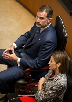 Queen Letizia (L) and King Felipe VI of Spain (R), during a visit to the Mexican Senate on June 30, 2015 in Mexico City, Mexico.