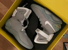 cce8ba4c3571 Nike Air Mag 2011 Marty McFly Back To The Future Shoes Size US 12 UK 11.5
