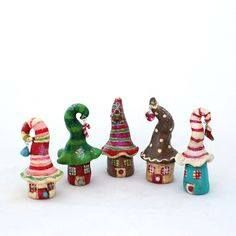 Christmas Mini House Gnome Home Handmade Polymer Clay Candy Stripe Cute little clay houses by kirby. Polymer Clay Kunst, Polymer Clay Fairy, Fimo Clay, Polymer Clay Projects, Polymer Clay Creations, Polymer Clay Figures, Christmas Minis, Christmas Crafts, Christmas Photos