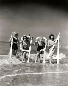 Toby Wing, Frances Drake, Ida Lupino, and Lona Andre, 1934