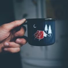 Early morning coffee. Shops open 10-5pm today.  #papawolf #portsmouthnh #camp #campvibes #nh #newhampshire #boston #portlandmaine #campmug #enamelmug #fujix100s