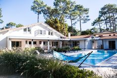Villa Seignosse Ocean, Hossegor, Aquitaine, France.  A quality villa in a lovely, secluded location near Hossegor and just a short walk to the beaches of Seignosse Ocean. Very popular!