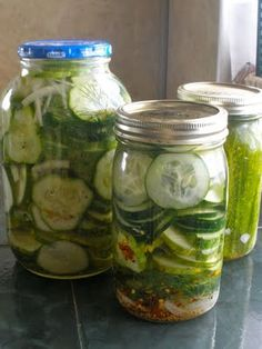 Refrigerator Dill Pickles.. I wasnt a pickle fan until a few years ago.. these look delicious :)