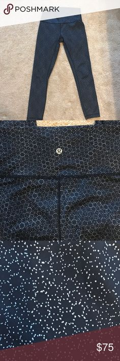 Size 6 lululemon 7/8 length navy legging Purchased from the store, worn 2x all seams in perfect condition. It's the shiny fabric (can't remember name) the kind that doesn't pick up every little dust particle lol! No trades please 😘 lululemon athletica Pants Leggings
