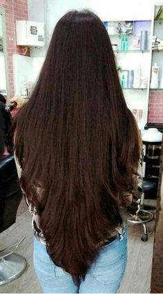 68 Ideas for haircut largo rizado Haircuts For Long Hair With Layers, Haircuts For Wavy Hair, Long Face Hairstyles, Long Layered Hair, Long Hair Cuts, Long Hair Styles, Curly Hair, Beautiful Long Hair, Gorgeous Hair