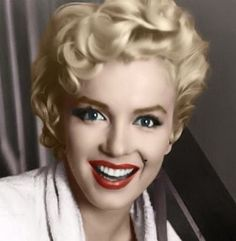 Beautiful colorful pictures and Gifs: Marilyn Monroe Pictures