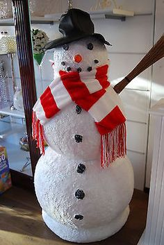 How to make a giant stuffed paper snowman snowman snow for How to make a snowman