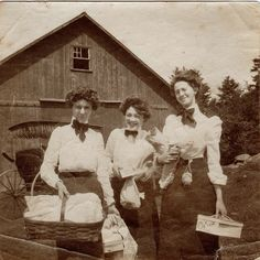 Ada Grimshaw (in the middle) picnics with friends in Perkinsville or Springfield Vermont, ca. 1900.