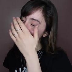 me daba risa cuando Ori terminaba una oración re aguda jwjqjajaj 💟 (en las primeras fotos parece que está llorando lol) My Girl, Memes, Girls, Grecian Goddess, Youtubers, Famous Youtubers, Famous People, Toddler Girls, Daughters