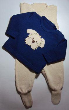 Conjunto contendo um casaquinho e uma salopete feito em tricot artesanal. Linha antialérgica: 50% algodão 50% acrílico. Tamanhos: RN, PP, P, M e G. Foto 1: Conjunto Foto 2: Casaco Foto 3: Conjuntinho montado Foto 4: Salopete R$ 69,90