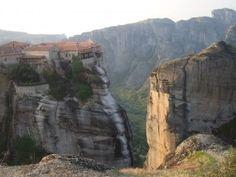 Fotografía: Miriam Nancy-Norte de Grecia y Meteora-Kalambaca Mount Rushmore, Madrid, Spain, Vacation, Mountains, Nature, Travel, Pageant Photography, Awesome
