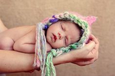 Alice's hat for newborn pictures