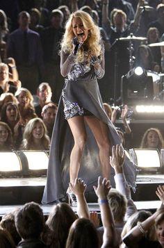 """Carrie Underwood, performing """"Blown Away!"""""""