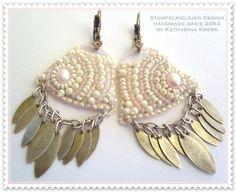 Beadwork-feine Perlenarbeit-Bead Embroidery    In Handarbeit gefertigte Ohrringe. Für die Perlenstickerei habe ich verwendet  Miyuki Beads  Toho Be...