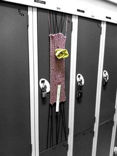 Our first knit bombing assignment around the school Wind Chimes, Stitches, Knitting, School, Outdoor Decor, Image, Home Decor, Loreto, Sewing Stitches