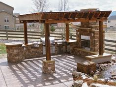 Natural Ledgestone Outdoor Living Space