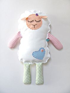 rag doll - Diy And Craft Hobbies And Crafts, Diy And Crafts, Crafts For Kids, Baby Sewing Projects, Sewing For Kids, Sewing Toys, Sewing Crafts, Handmade Stuffed Animals, Fabric Toys