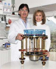 Brass CymaScope built by Erik Larson. John & Annaliese Reid at their UK lab, 2006.