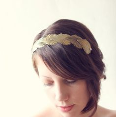 Diadema nupcial de hoja de latón casco griego hojas por whichgoose