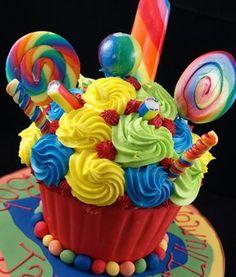lollipop cupcake cake!
