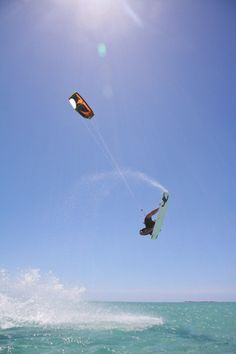 I've wanted to learn how to kite surf for THE longest time!