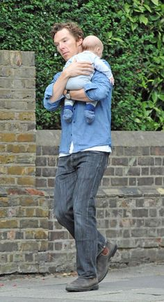 Benedict Cumberbatch spotted with son